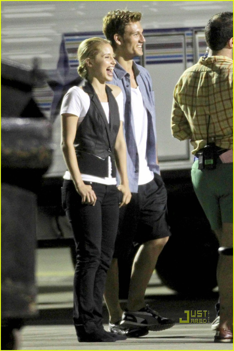 are dianna agron and alex pettyfer dating. dianna-agron-alex-pettyfer-