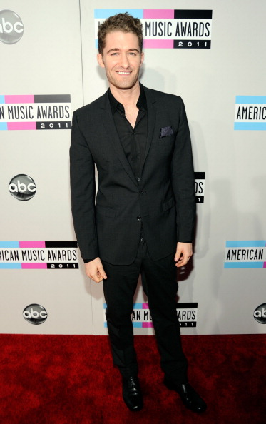 2011 American Music Awards - Red Carpet